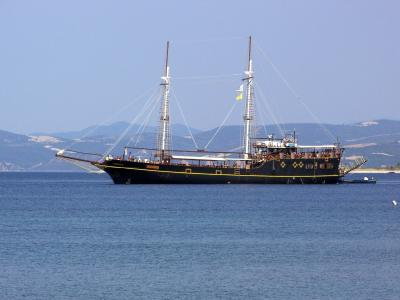 Greek Travelboat wallpaper