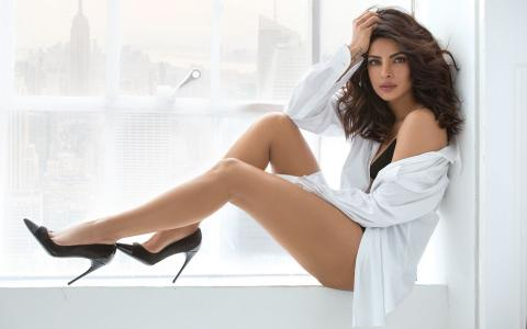 Priyanka Chopra 02 wallpaper